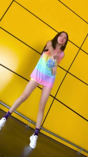 美女热舞-《偶像万万岁》